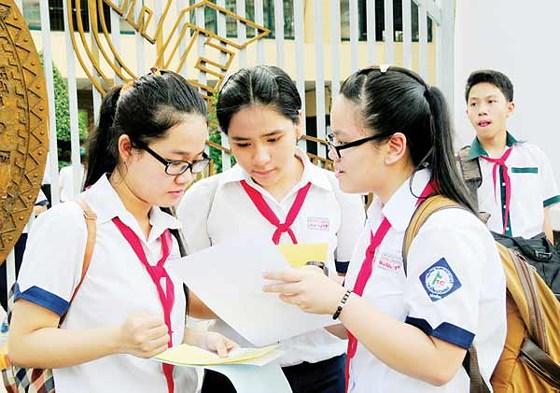 Chính áp lực và kỳ vọng của cha mẹ, bệnh thành tích của nhà trường đang khiến học trò bị căng thẳng
